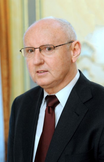 Elhunyt Dr. Bathó Ferenc