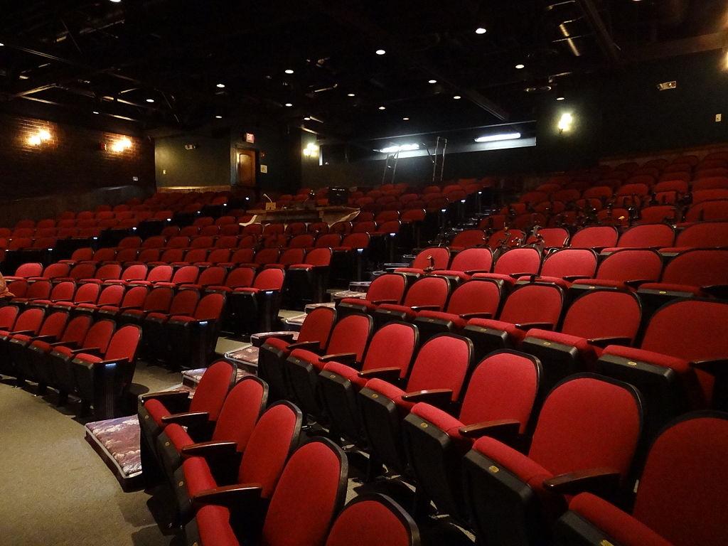 Közel 60 millió forint határon túli színházaknak és táncegyütteseknek