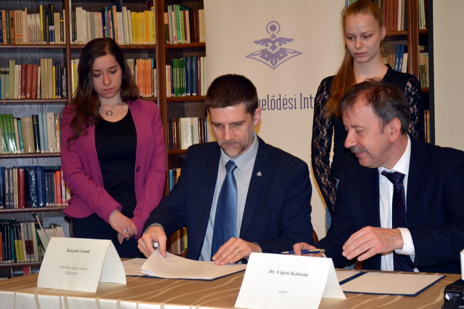 Egyetemi szakmai napon köttetett meg Egerben az új együttműködési megállapodás