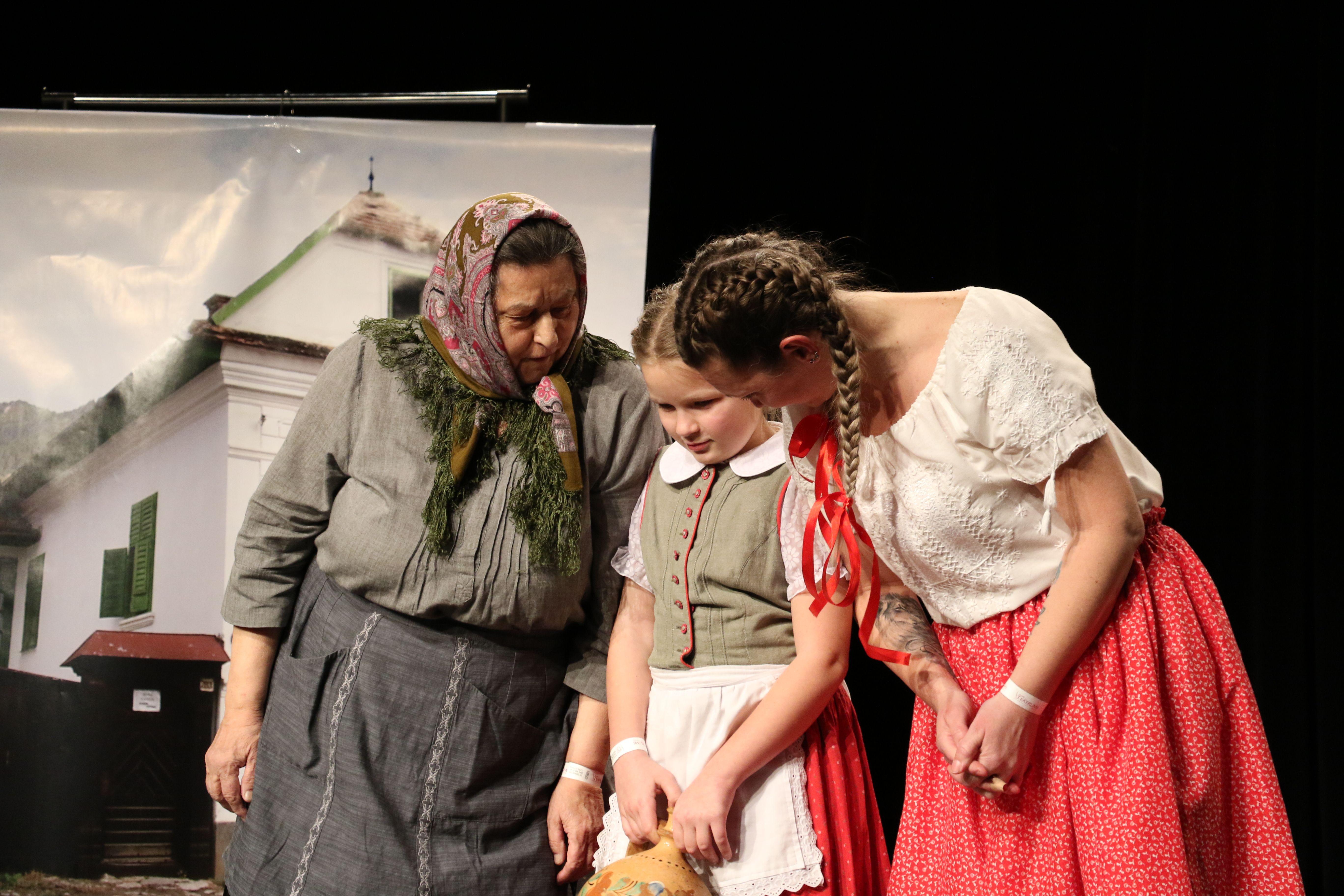 Vámosgyörki Virgoncok: Haraszti Mária: A tök és a csikó – mesejáték (Vámosgyörk, Heves megye)