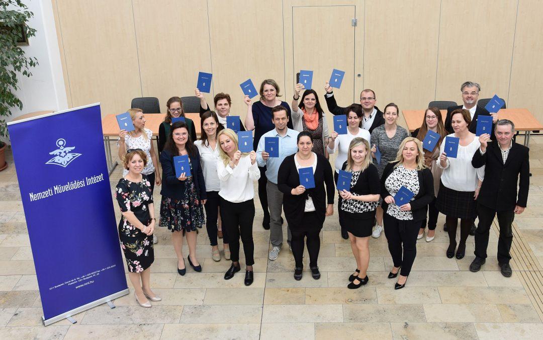 Kétszázötvenhat új, OKJ szakképesítésű szakemberrel bővült a közművelődési szakma