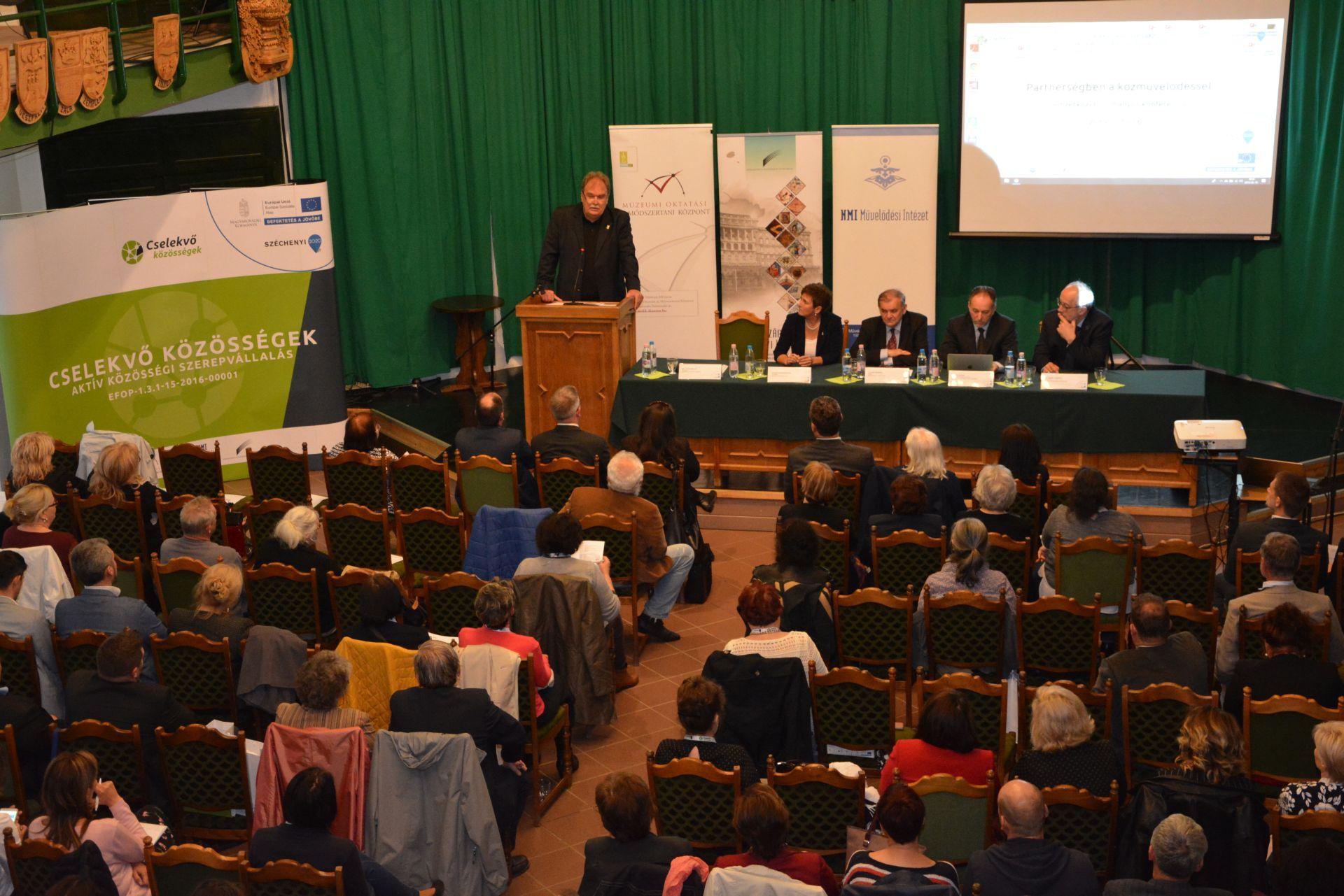 Partnerségben a közművelődéssel – nemzetközi konferencia Magyarországon