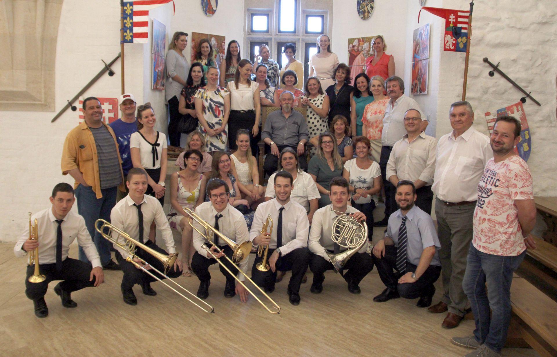 Nyugdíjba vonul Miskolc kulturális életének emblematikus alakja