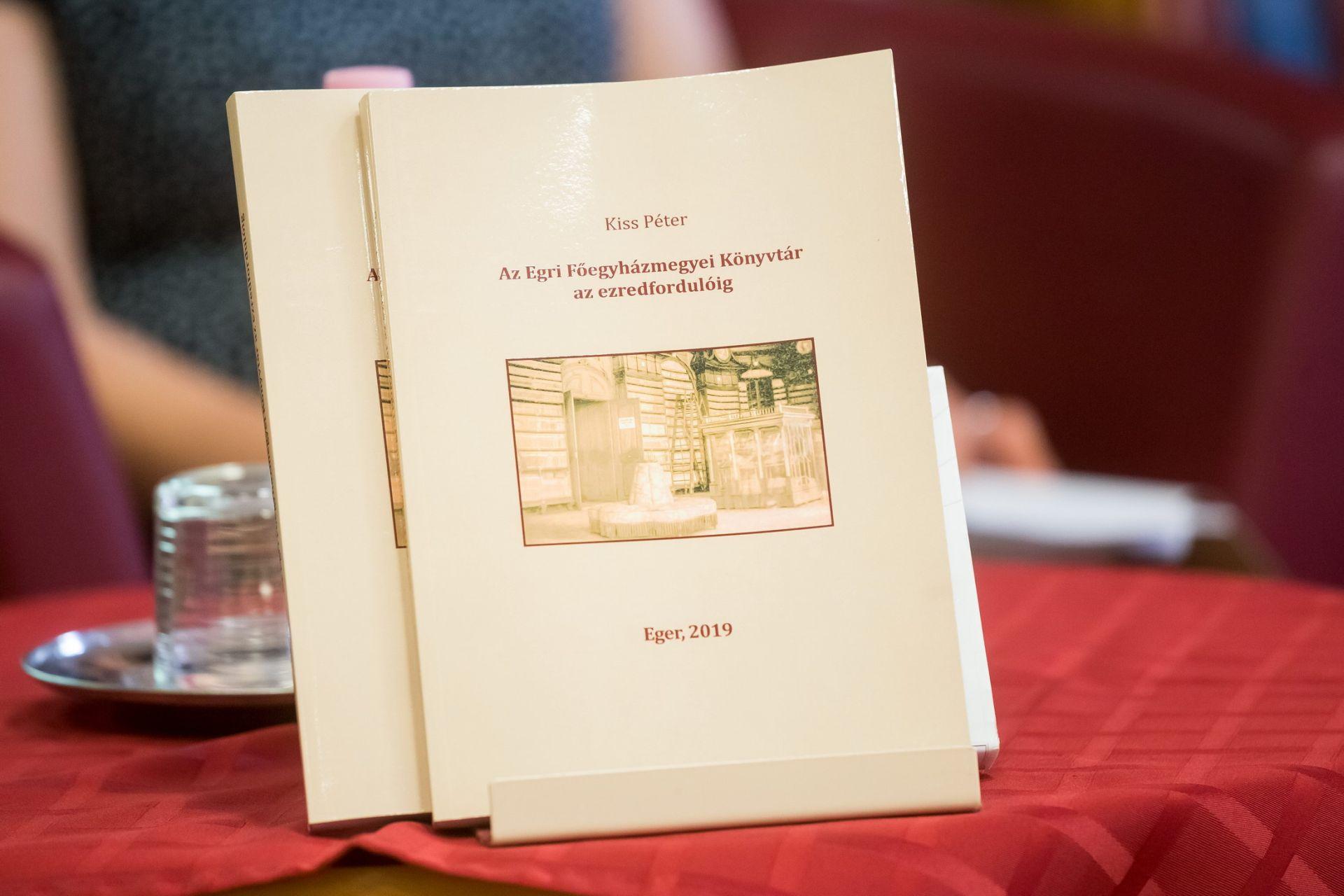 Történetek a Főegyházmegyei Könyvtár múltjából