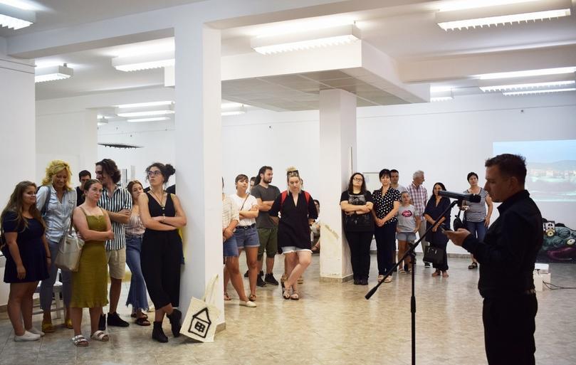 Zenta: Látványos kiállítással zárult a műemlékvédelmi művésztelep