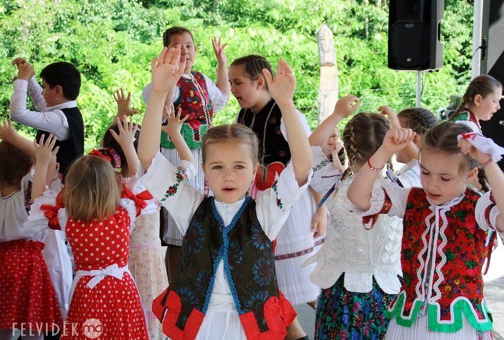 A Kisebbségi Kulturális Alap az idei támogatások több mint háromnegyedét kiutalta