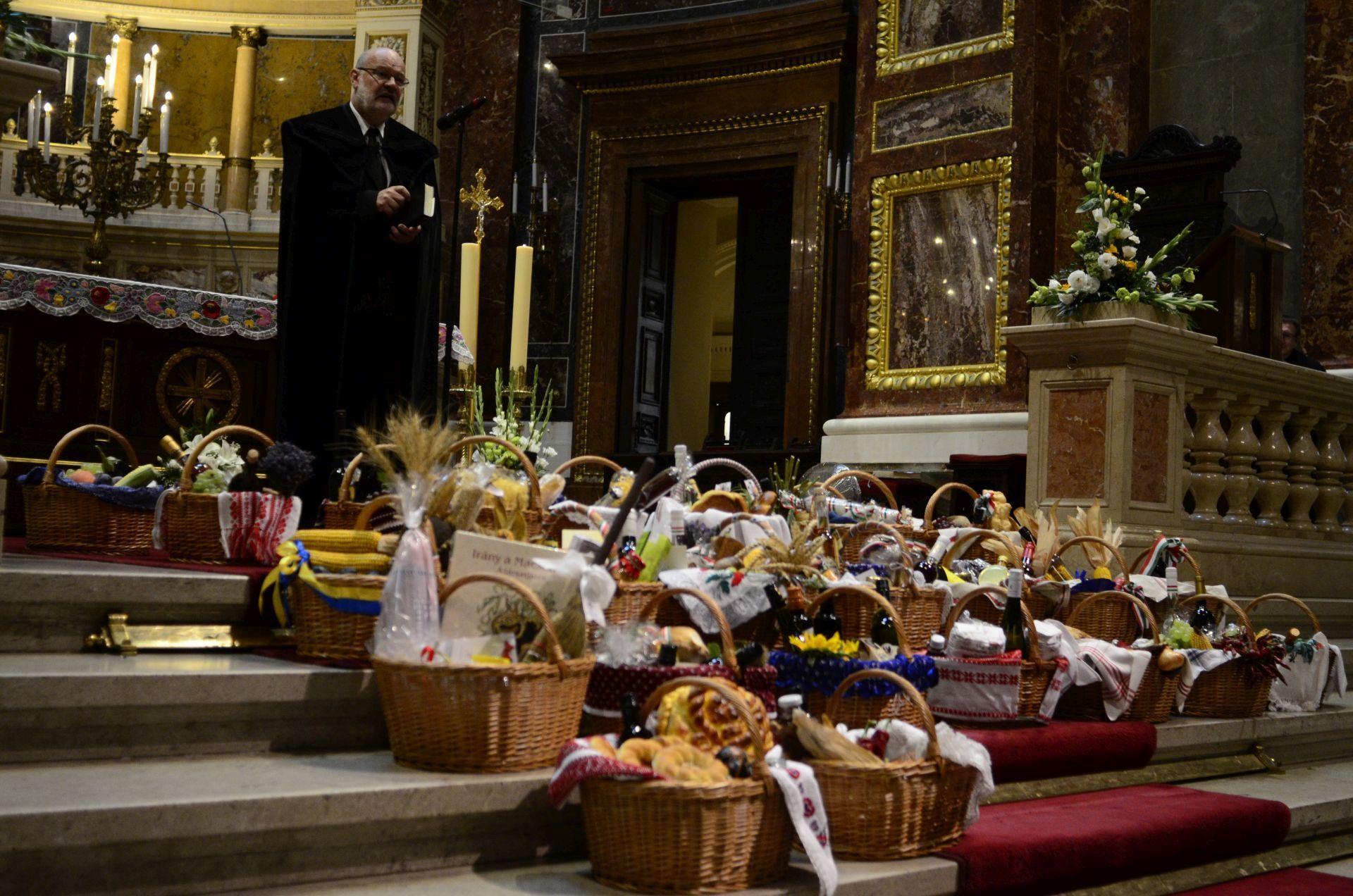 Szloboda József a Budapest-Északi Református Egyházmegye esperese