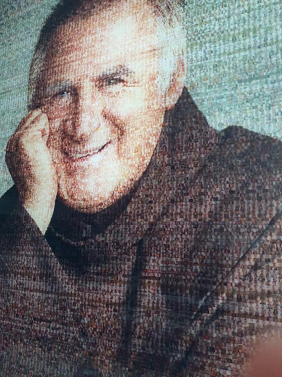 Böjte Csaba portréja 3000 gyermek fotójából készült