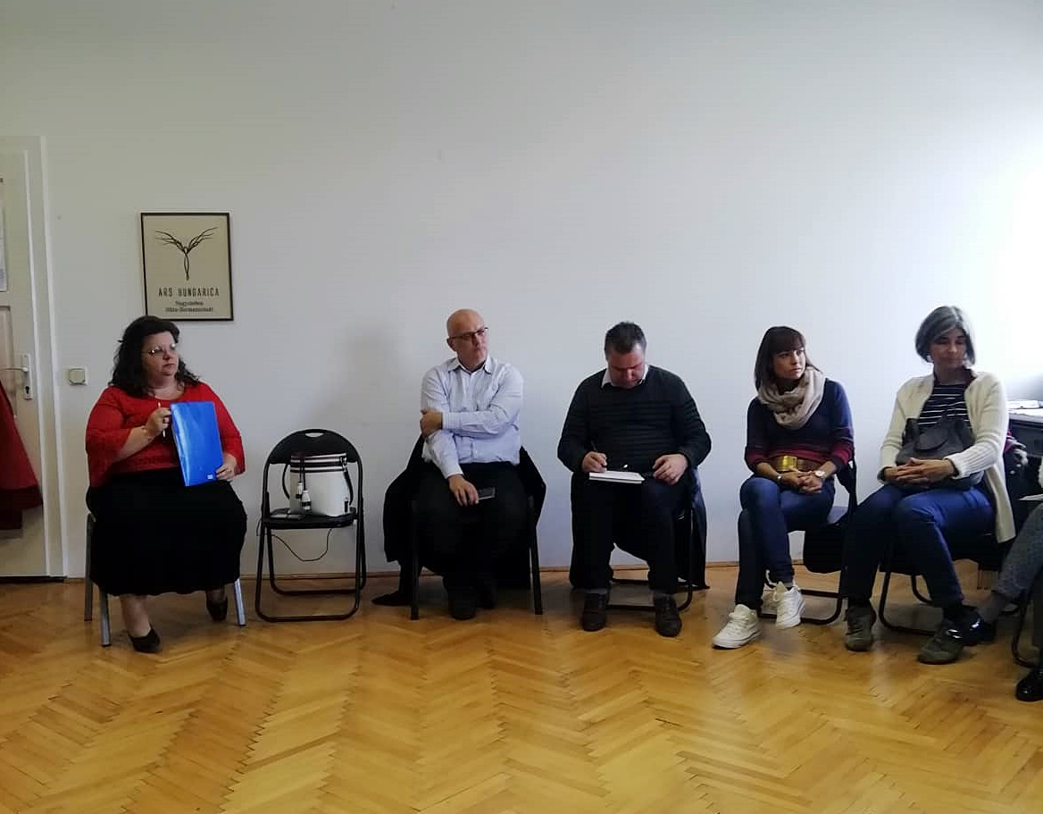 Nagyszebenben a Híd Egyesület közösségépítő munkáját ismerték meg a tanulmányút résztvevői