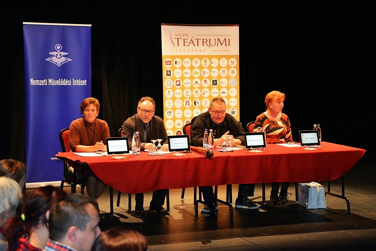 Száz színjátszóközösség alakult a Pajtaszínház Program keretében