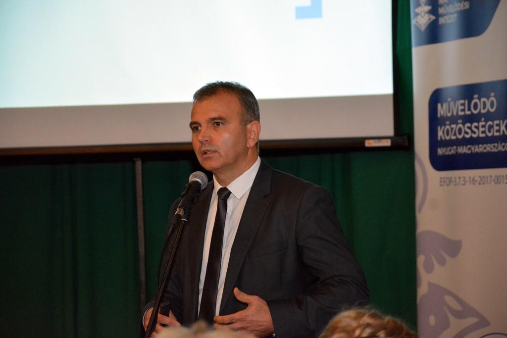 Molnár Lajos Milán előadása