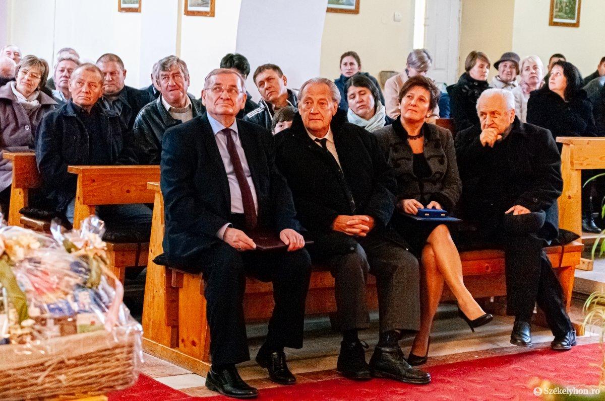 A moldvai csángókat kutatta, elismeréssel jutalmazták munkáját