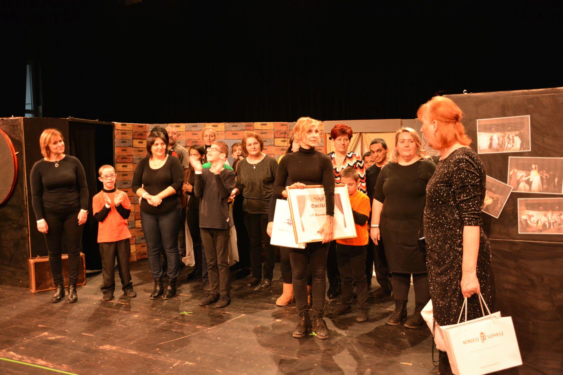 Dobozszínház Életjáték – mozgásszínház (Girincs, Borsod-Abaúj-Zemplén megye)